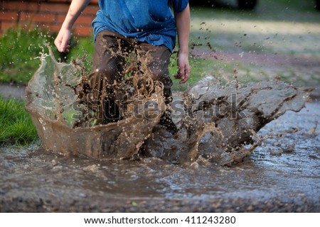 Puddle Stock Images Royalty Free Images Amp Vectors