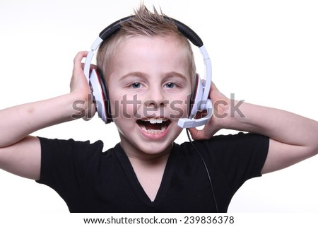 Little boy with headphone