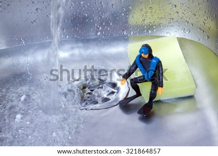 little diver in the kitchen sink