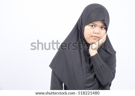 Little muslim portrait studio shoot.