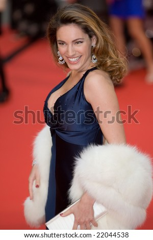 LONDON - 20 APRIL: Kelly Brook Arrivals for the British Academy Television Awards 2008 at The Palladium on April 20, 2008 in London, England