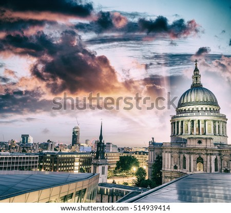 London at sunset. St Paul Cathedral Dome.