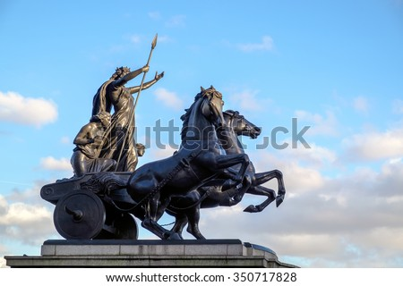 LONDON - DEC 9 : Bronze Sculpture by Thomas Thornycroft commerating Boudicca in London on Dec 9, 2015