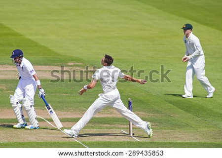 LONDON, ENGLAND - July 18 2013: Joe Root, James Pattinson and Chris Rogers on day one of the Investec Ashes 2nd test match, at Lords Cricket Ground on July 18, 2013 in London, England.