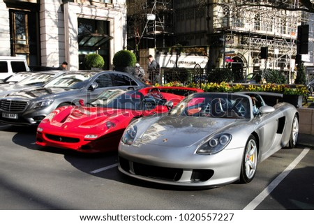 London, England   November 2017: Porsche Carrera GT Supercar, 1270 Of Which  Were