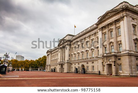 LONDON - NOV 5: Buckingham palace on November 5, 2011 in  London U.K. Buckingham palace is the official residence of Queen Elizabeth II and one of the major tourist destinations U.K. - stock photo