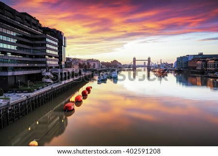 London Panoramic View of Tower Bridge and Thames river viewed at sunrise in London, England.
