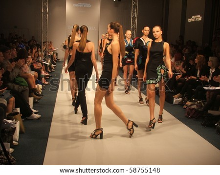 LONDON - SEPTEMBER 20: Models walk the runway for the David Koma Spring/ Summer Collection 2010 at London Fashion Week on September 20, 2009 in London - stock photo
