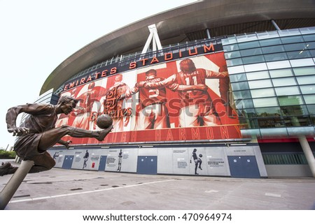 Arsenal football stock images royalty free images for Emirates stadium mural