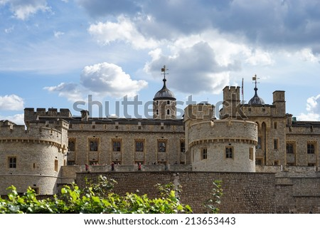LONDON, UK - AUGUST 22 : The Tower in London on August 22, 2014. Unidentified people.