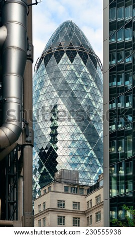 LONDON, UK - SEP 27: Financial district office buildings in street on September 27, 2013 in London UK. London is the world's greatest foreign exchange market with major trade conducted in the district - stock photo