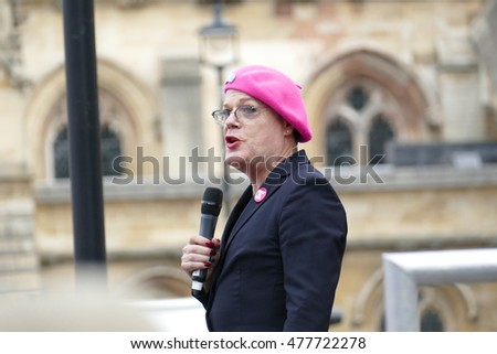 London, UK.  03 September 2016.Comedian Eddie Izzard addresses a packed Parliament Square at the Rally For Europe..