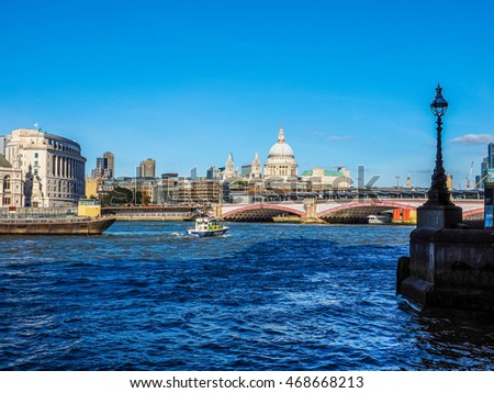 LONDON, UK - SEPTEMBER 28, 2015: Panoramic view of River Thames (HDR)