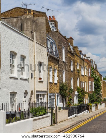 LONDON, UK - 28TH JUNE 2016: A view of the outside buildings and streets in Notting Hill during the day.