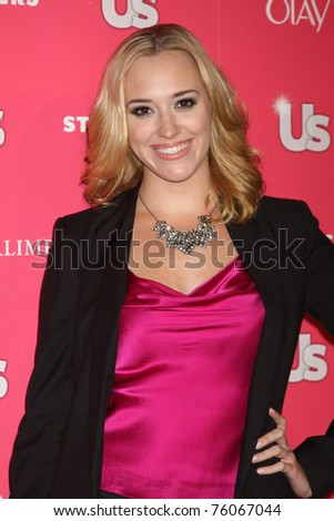 LOS ANGELES - APR 26:  Andrea Bowen arriving at the 2011 US Weekly Hot Hollywood Style Event  at Eden on April 26, 2011 in Los Angeles, CA..