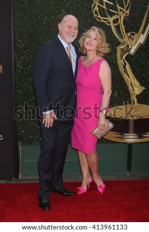 LOS ANGELES - APR 29:  Ed Scott, Melody Thomas Scott at the 43rd Daytime Emmy Creative Awards Arrivals at the Westin Bonaventure Hotel  on April 29, 2016 in Los Angeles, CA