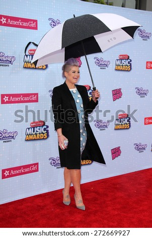 LOS ANGELES - APR 25:  Kelly Osbourne at the Radio DIsney Music Awards 2015 at the Nokia Theater on April 25, 2015 in Los Angeles, CA