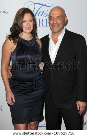 LOS ANGELES - APR 25: Maureen Hunphrey, Yossi Dina at the 19th Annual ...