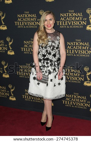 LOS ANGELES - APR 24: Sainty Nelsen at The 42nd Daytime Creative Arts Emmy Awards Gala at the Universal Hilton Hotel on April 24, 2015 in Los Angeles, California