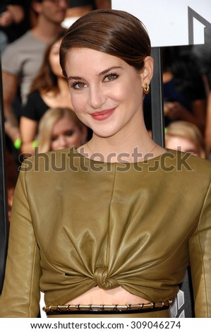 LOS ANGELES - APR 13:  Shailene Woodley arrives at the 2014 MTV MOVIE AWARDS   on April 13, 2014 in Los Angeles, CA                 - stock photo