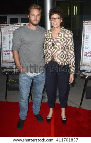 LOS ANGELES - APR 25:  Travis Fimmel, Rebecca Miller at the Maggie's Plan Los Angeles Special Presentation at the ArcLight Hollywood Theaters on April 25, 2016 in Los Angeles, CA