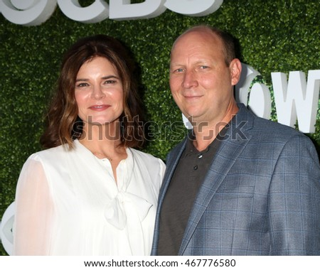 LOS ANGELES - AUG 10:  Besty Brandt, Dan Bakkedahl at the CBS, CW, Showtime Summer 2016 TCA Party at the Pacific Design Center on August 10, 2016 in West Hollywood, CA