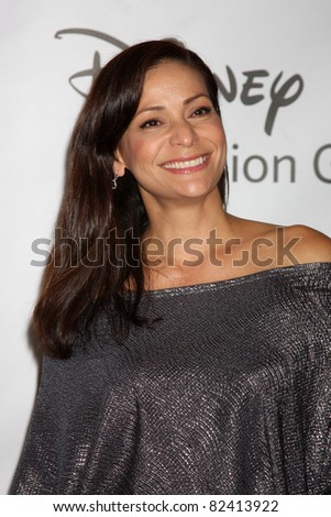 LOS ANGELES - AUG 7:  Constance Marie arriving at the Disney / ABC Television Group 2011 Summer Press Tour Party at Beverly Hilton Hotel on August 7, 2011 in Beverly Hills, CA