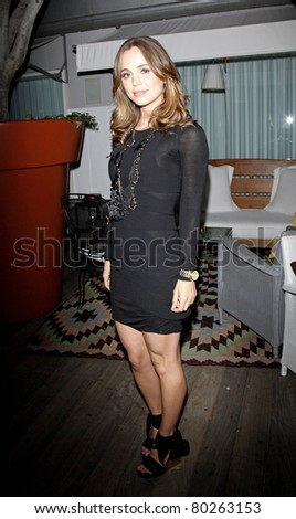 LOS ANGELES - AUG 24: Eliza Dushku at a party for Nylon Magazine for their Fall TV & Fashion Issue at the Skybar in Los Angeles , California on August 24, 2009