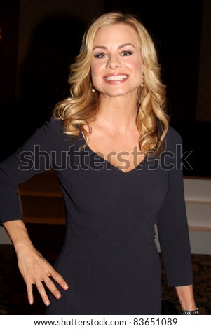 LOS ANGELES - AUG 26:  Jessica Collins attending the Young & Restless Fan Dinner 2011 at the Universal Sheraton Hotel on August 26, 2011 in Los Angeles, CA