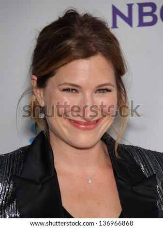 LOS ANGELES - AUG 11:  KATHRYN HAHN arriving to Summer TCA Party 2011 - NBC  on August 11, 2011 in Beverly Hills, CA