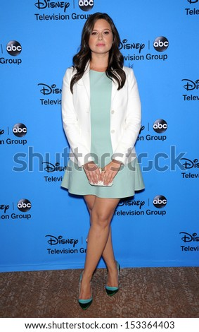 LOS ANGELES - AUG 04:  Katie Lowes arrives to ABC All Star Summer TCA Party 2013  on August 04, 2013 in Beverly Hills, CA