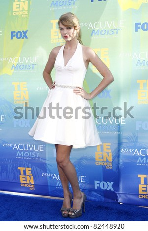 LOS ANGELES - AUG 7: Taylor Swift arrives at the 2011 Teen Choice Awards held at Gibson Amphitheatre on August 7, 2011 in Los Angeles, California - stock photo