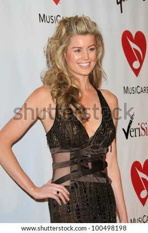 LOS ANGELES, CA - FEB 9: Jennifer Murphy at the 2007 MusiCares Person Of The Year at the LA Convention Center on February 9, 2007 in Los Angeles, California