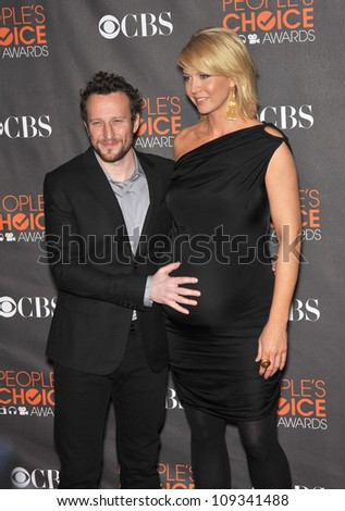 LOS ANGELES, CA - JANUARY 6, 2010: Jenna Elfman & Bodhi Elfman at the 2010 People's Choice Awards at the Nokia Theatre L.A. Live in Los Angeles.