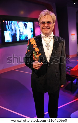 LOS ANGELES, CA - JULY 21, 2009: Elton John waxwork figure - grand opening of Madame Tussauds Hollywood. - stock photo