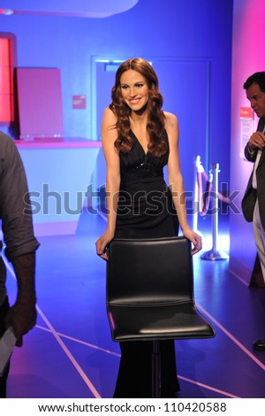 LOS ANGELES, CA - JULY 21, 2009: Julia Roberts waxwork figure - grand opening of Madame Tussauds Hollywood. - stock photo