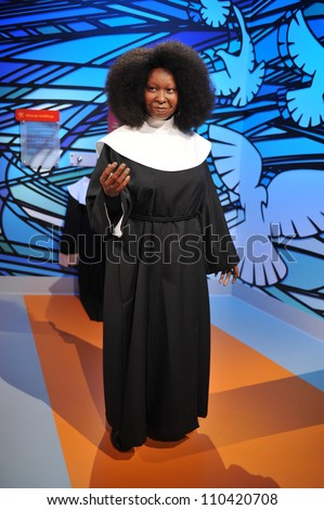 LOS ANGELES, CA - JULY 21, 2009: Whoopi Goldberg waxwork figure - grand opening of Madame Tussauds Hollywood. - stock photo