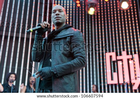 "LOS ANGELES, CA - JUNE 29: Tyrese arrives to the one year anniversary of the ""5 Towers,"" a state-of-the art concert venue at Universal Studios' CityWalk on June 29, 2012 in Los Angeles, CA. - stock photo"