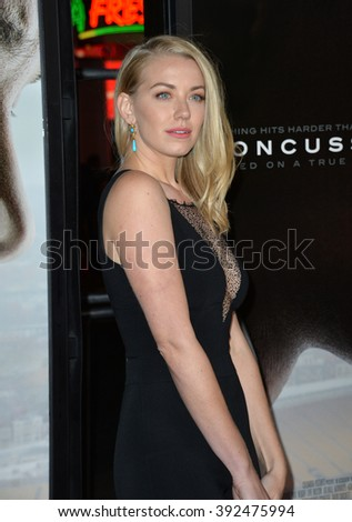 """LOS ANGELES, CA - NOVEMBER 10, 2015: Actress Sara Lindsey at the premiere of her movie """"Concussion"""" at the TCL Chinese Theatre - stock photo"""