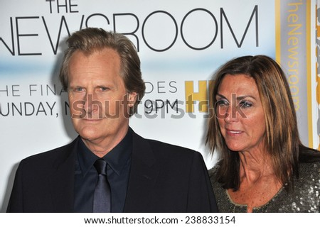 """LOS ANGELES, CA - NOVEMBER 4, 2014: Jeff Daniels & wife Kathleen Treado at the season three premiere of his HBO series """"The Newsroom"""" at the Directors Guild of America Theatre, West Hollywood.  - stock photo"""