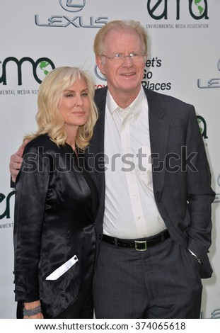 LOS ANGELES, CA - OCTOBER 24, 2015: Ed Begley Jr. & wife Rachelle Carson at the 25th Annual Environmental Media Awards at Warner Bros. Studios, Burbank, CA.