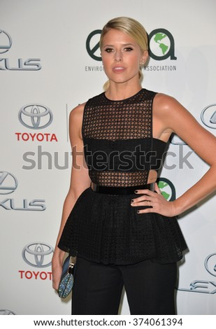 LOS ANGELES, CA - OCTOBER 24, 2015: Sarah Wright Olsen at the 25th Annual Environmental Media Awards at Warner Bros. Studios, Burbank, CA. 
