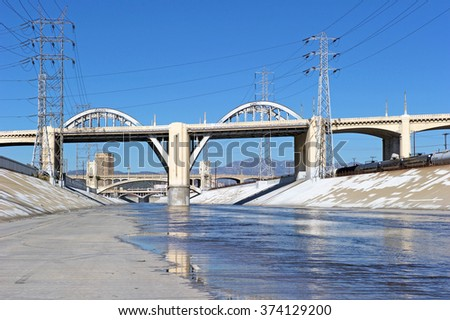 LOS ANGELES/CALIFORNIA - FEB. 8, 2016: Historic 6th Street viaduct bridge built in 1932 crossing the L.A. River in its last days as demolition begins before replacement. Los Angeles, California, USA - stock photo