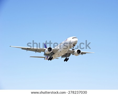 LOS ANGELES/CALIFORNIA - MAY 10, 2015: Thai Airlines commercial jet on approach to runway at Los Angeles International Airport in Los Angeles, California, USA - stock photo