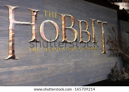 "LOS ANGELES - DEC 2:  Atmosphere at the ""The Hobbit"" Premiere at Dolby Theater on December 2, 2013 in Los Angeles, CA"