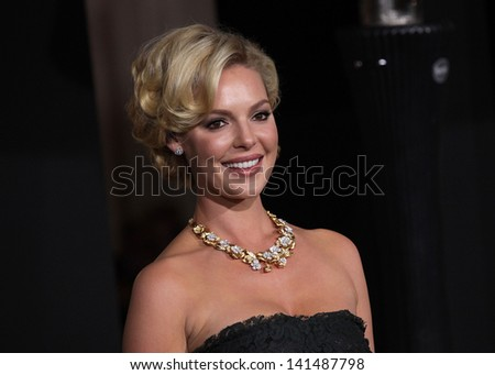 "LOS ANGELES - DEC 05:  KATHERINE HEIGL arriving to ""New Year's Eve"" World Premiere  on December 5, 2011 in Hollywood, CA - stock photo"