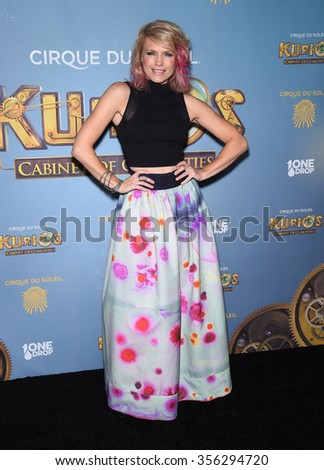 "LOS ANGELES - DEC 09:  Kathleen Rose Perkins arrives to the Cirque du Soleil's ""Kurios �¢?? Cabinet of Curiosities"" Opening Night  on December 09, 2015 in Hollywood, CA."