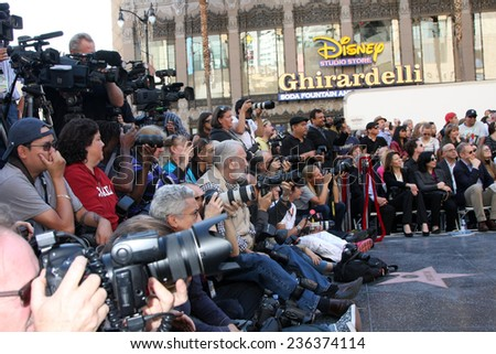 LOS ANGELES - DEC 8:  press at the Peter Jackson Hollywood Walk of Fame Ceremony at the Dolby Theater on December 8, 2014 in Los Angeles, CA