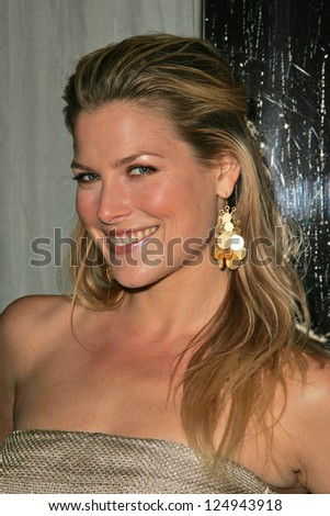 "LOS ANGELES - DECEMBER 02: Ali Larter at the ""Art of Elysium Annual Art Benefit"" December 02, 2006 in Minotti, Los Angeles, CA."