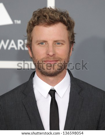 LOS ANGELES - FEB 10:  Dierks Bentley arrives to the Grammy Awards 2013  on February 10, 2013 in Los Angeles, CA.